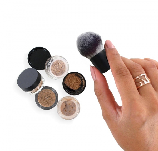 NEW TO MINERALS Luxe make-up test pakket