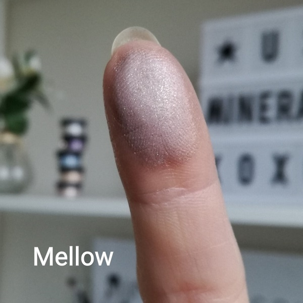 Mineral eyeshadow Mellow